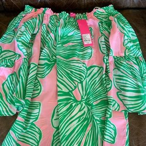 Lilly pulitzer Nevie off the shoulder top NWT